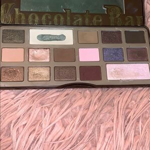 Too Faced Makeup - Too faced chocolate bar palette!